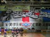 30.11.2013; Kloten; Eishockey NLA - Kloten Flyers - HC Ambri-Piotta; Transparent der Kloten Fans (Patrick Straub/freshfocus)